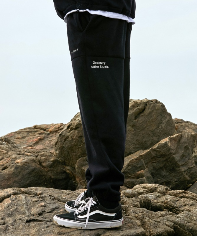 Unisex Seasonal Fleece Track Pants-Black-F.ILLUMINATE